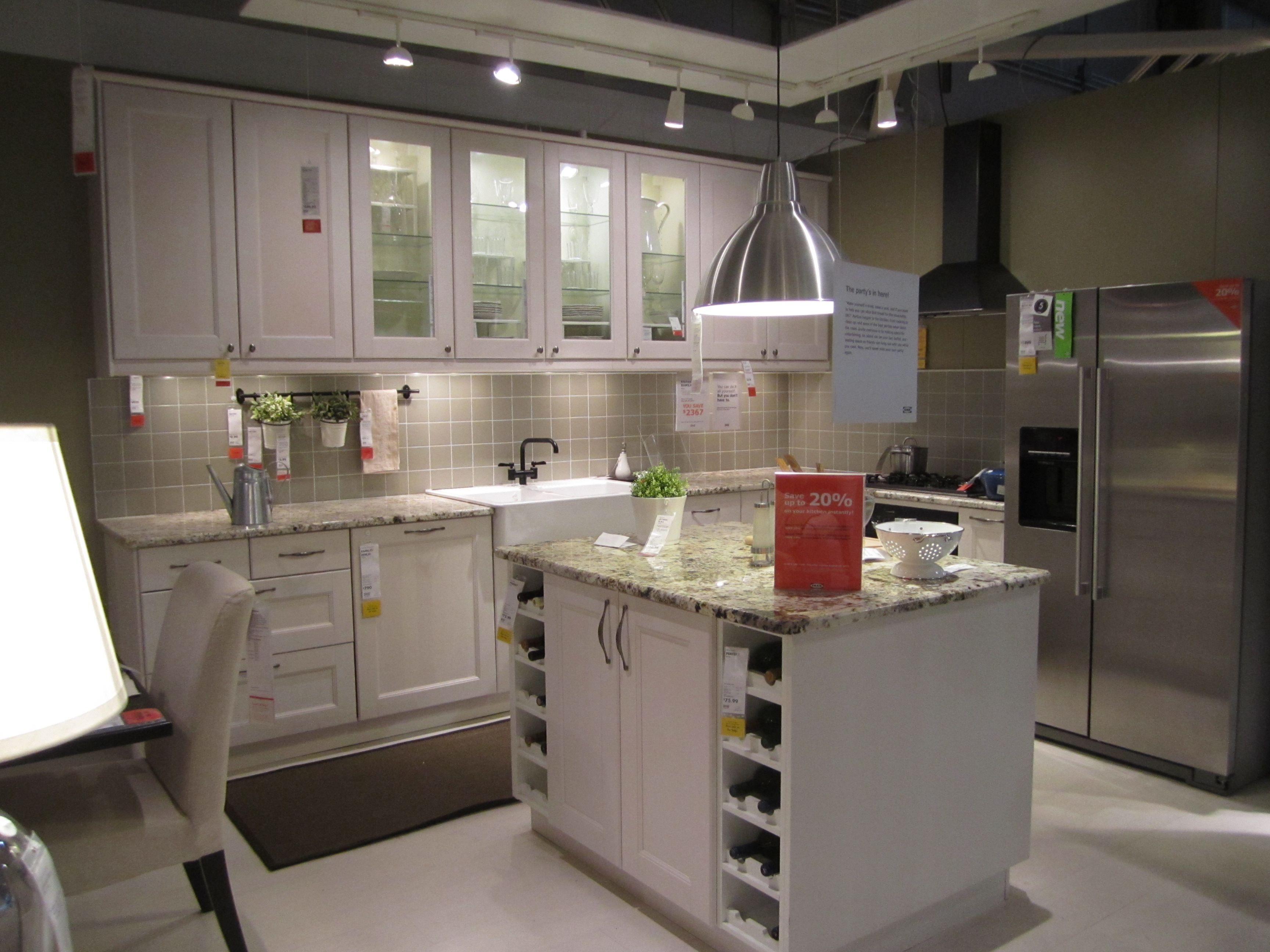 Weekend trip ikea element of chic for Small kitchens ikea