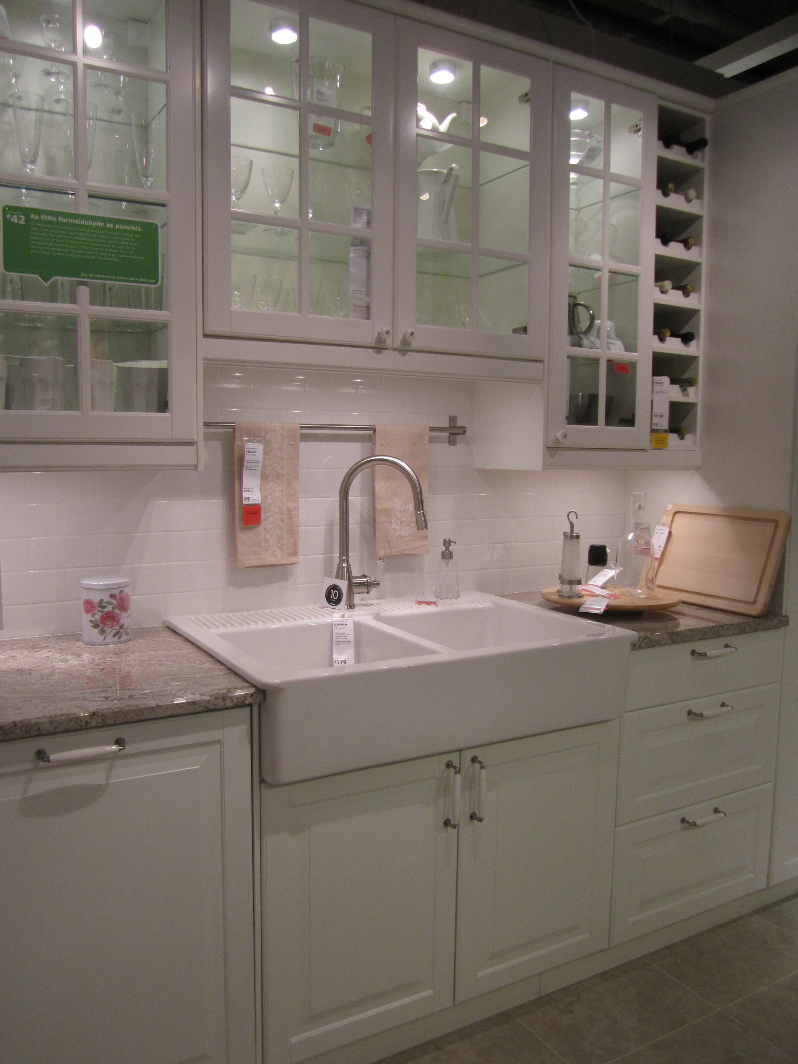 Apron Sink Ikea : You can also see that Ikea has jumped on the apron sink bandwagon. I ...